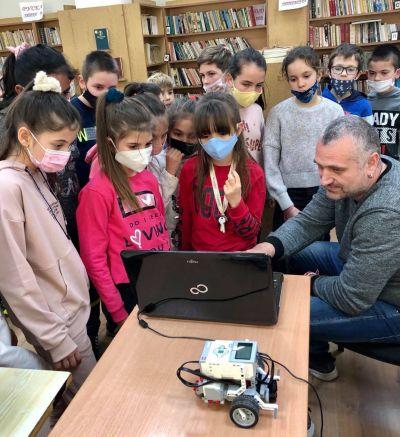 STEM център  1